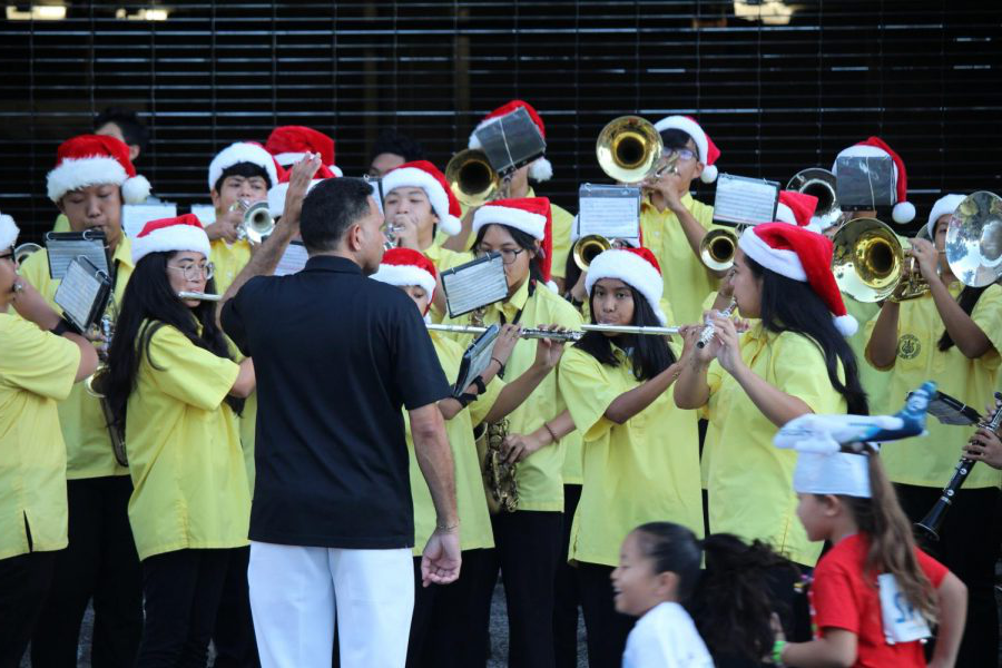 The+McKinley+band+played+football+music+at+Make-A-Wish+Foundation%27s+7th+annual+Jingle+Rock+Run.